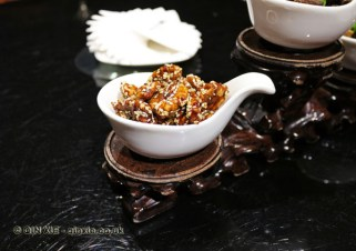 Candied walnut, Kuan Alley No 3, Chengdu, China