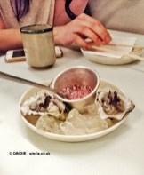 Kumamoto oyster with shallot vinaigrette at Jidori, Dalston