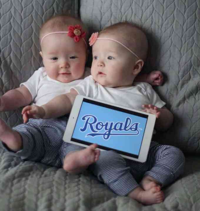 Molly and Clara 7 Months_Royals