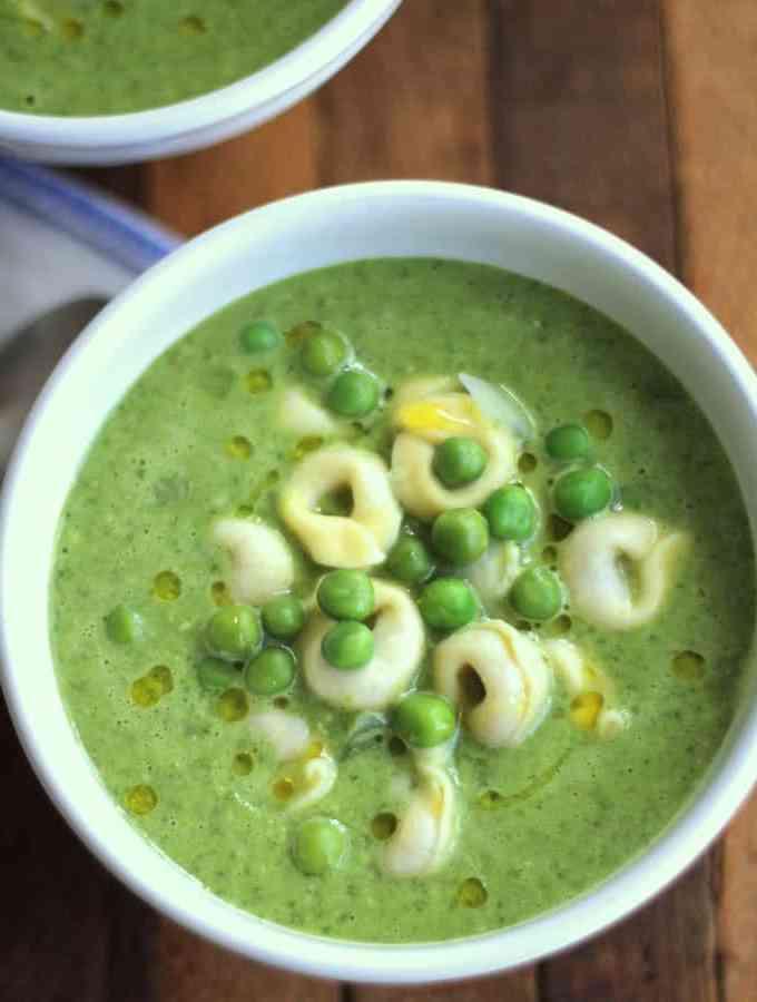 Pesto Pea Soup with Tortellini