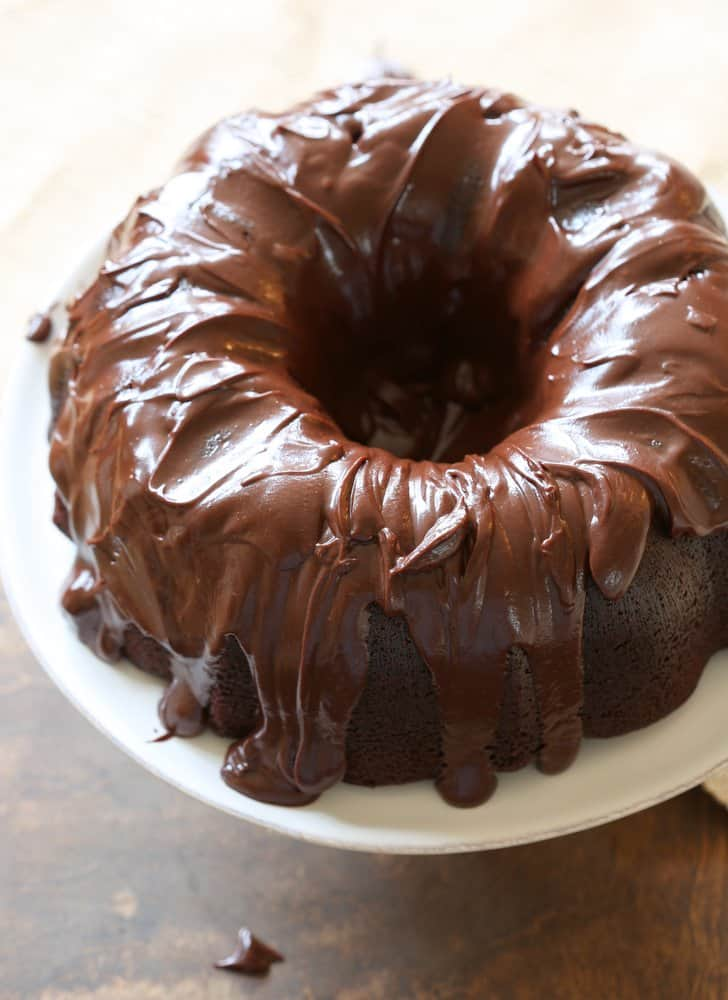 Bundt Coffee Cake White Chocolate Icing
