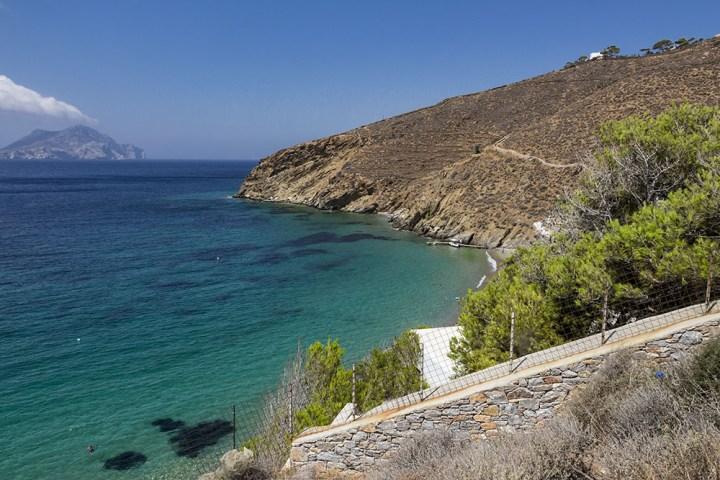 sentier littoral au-dessus de Levrossos (Amorgos)