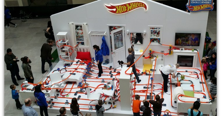 Building Hot Wheels Ultimate Track #HWTrackBuilder + Two Contests