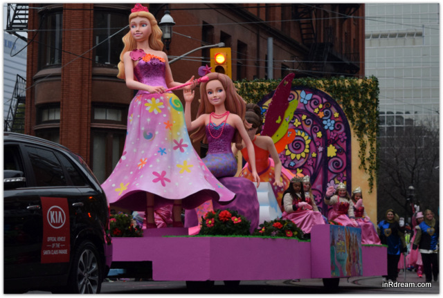 Toronto Santa Claus Parade 2014 Barbie Float Barbie Princess