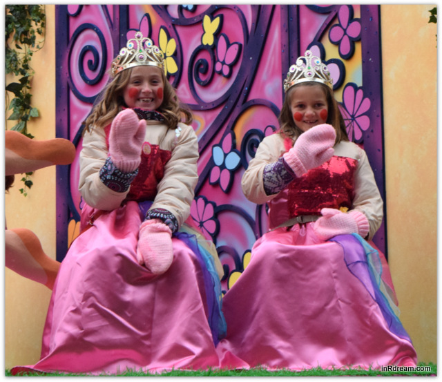 Pictures From The Toronto Santa Claus Parade 2014: Our Barbie Princess #TOSanta