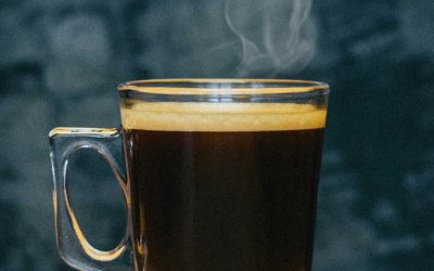 Kaffeglas med handtag och dubbelvägg