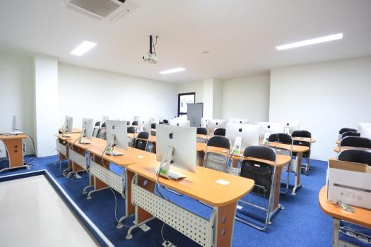 Fasilitas laboratorium kampus telkom university