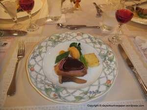 Contemporary French cuisine. Filet De Boeuf en cro te a la wellington