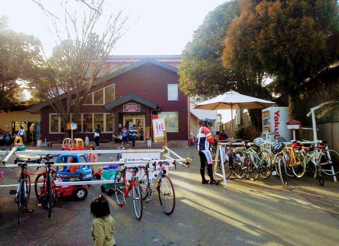 New Ice cream shop and gelato shop at Enomoto Farm Ageo