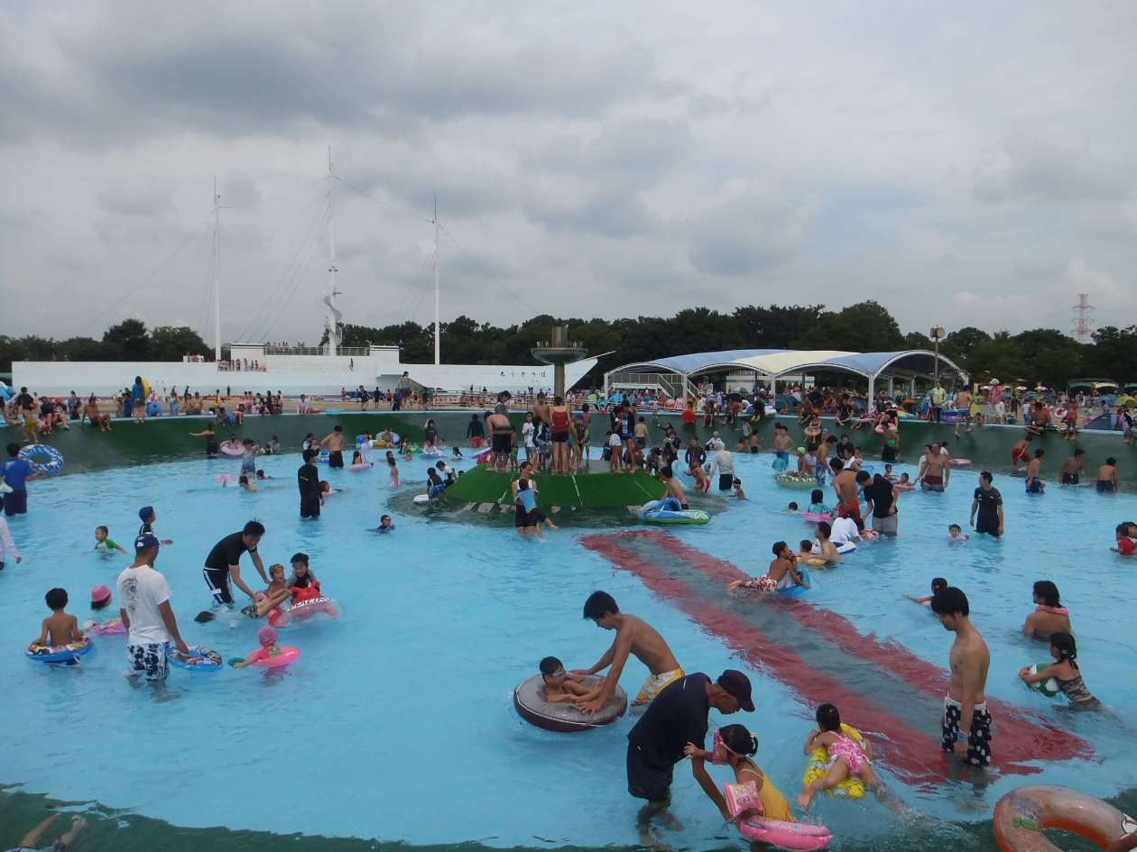 Kawagoe Suijo Koen Children's pool 60cm fountain Kawagoe Water Park
