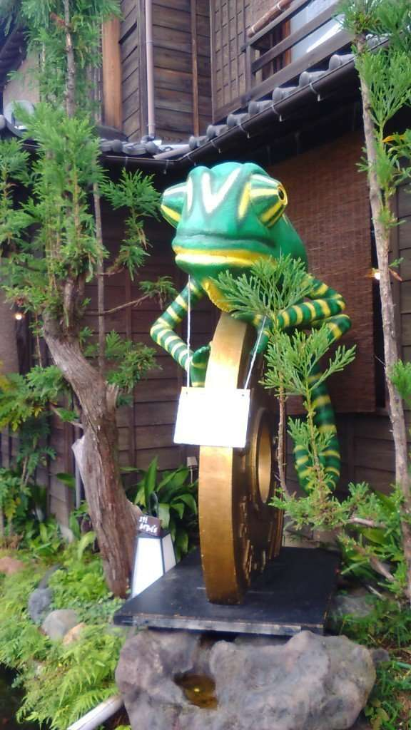 Styrofoam art Chameleon made of styrofoam in Kawagoe Saitama