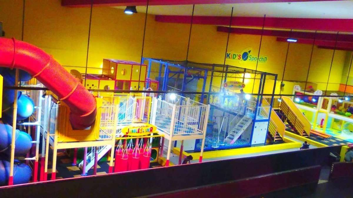 Family and kid play area【Spo-cha】in Round1 Stadium|Ageo