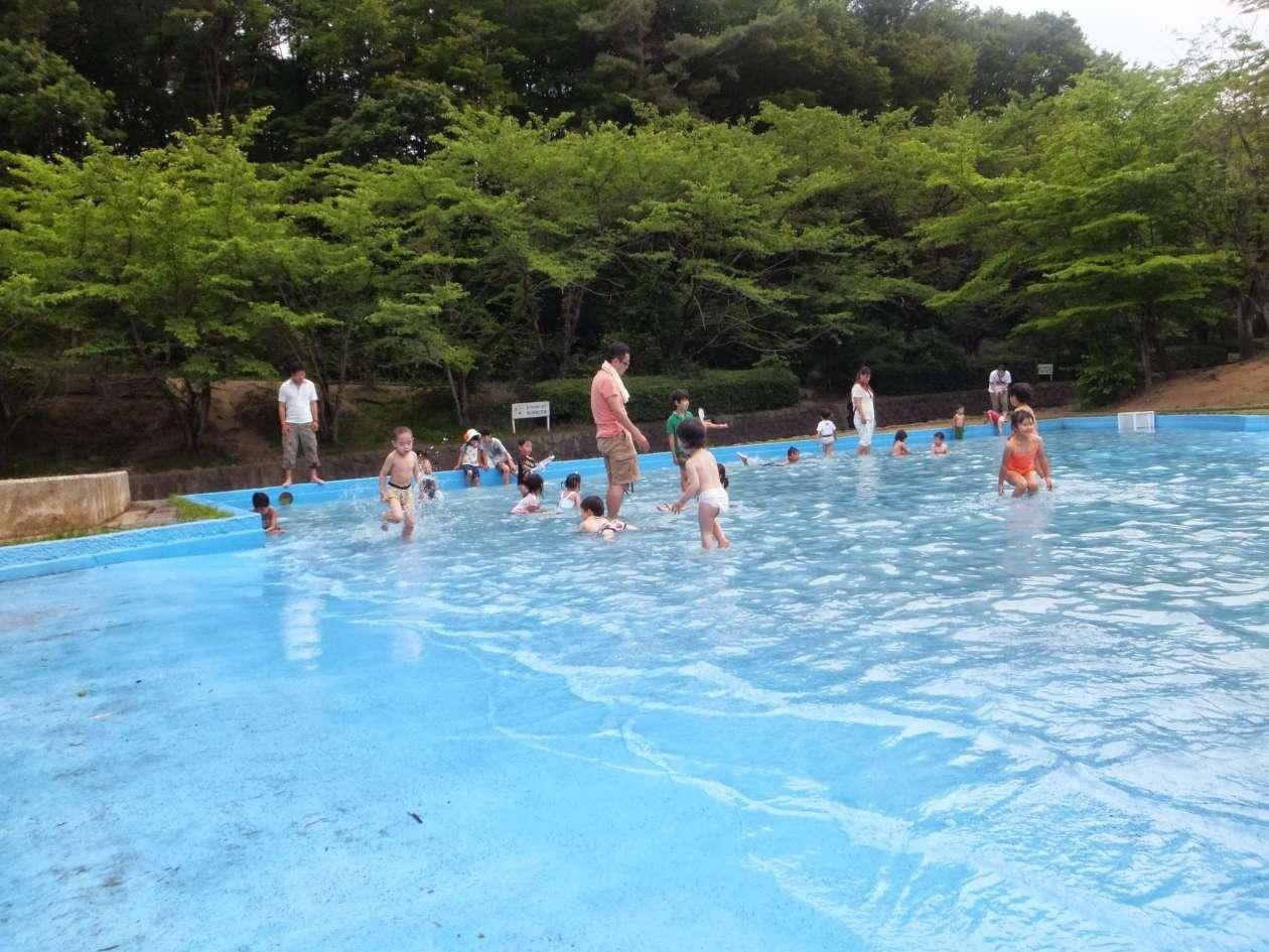Paddling splash pool saitama children's zoo