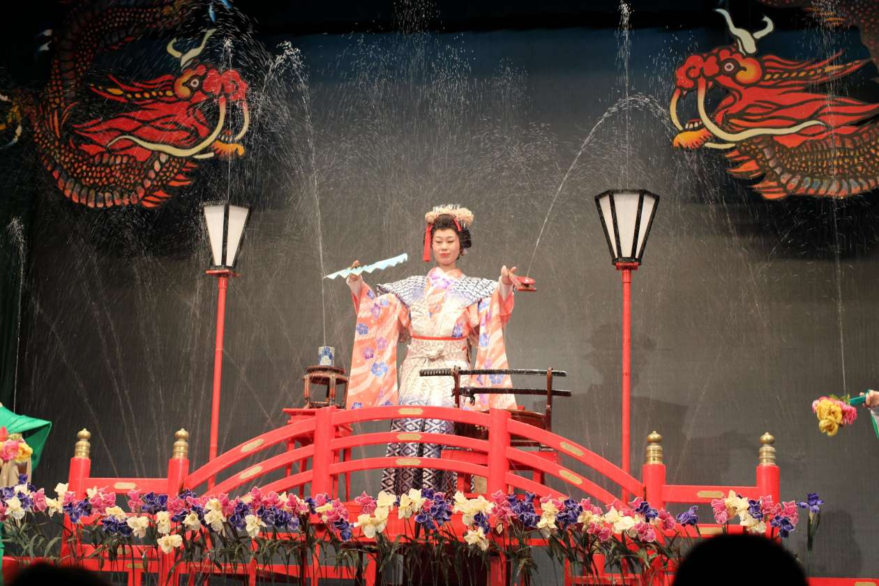 """Mizuge"" magic water show performed frequently in onsen during Edo period"