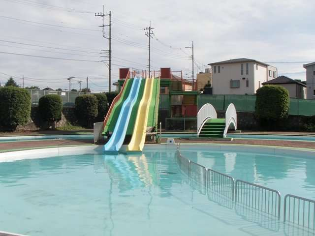 Owada Family Pool Niiza Saitama Pools