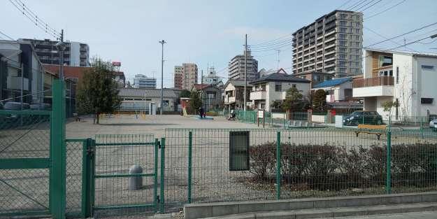 Small public playground opposite Tea Berry Kawagoe