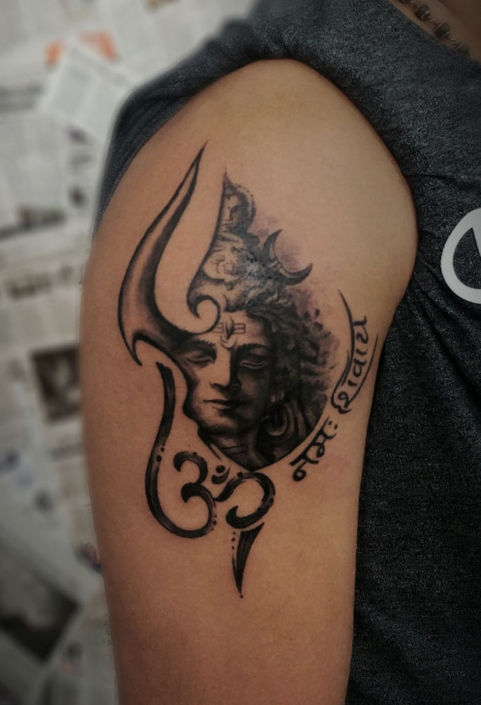 insane tattoos - best tattoo studio parlour in mumbai mulund juhu india Vishnu shiva tattoo by otzi marc kerala 698x1024
