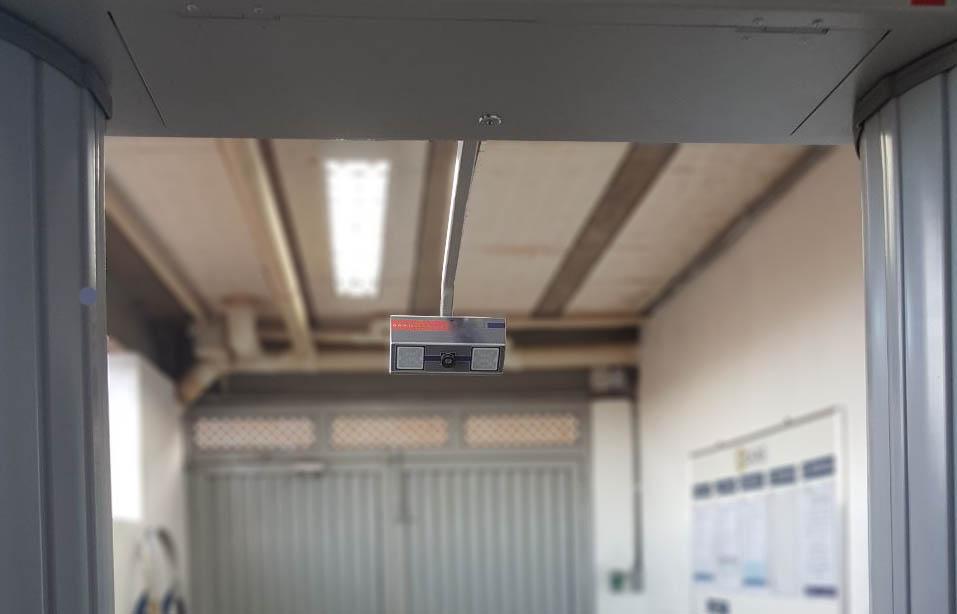 Riscos Do Uso de Portal Detector de Metais: Sistema Tradicional de Revistas X Sistema de Registro de Imagens Vaktare
