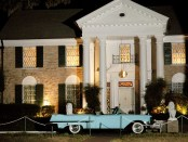 Elvis Presleys Villa Graceland in Memphis zur Elvis Week. - Foto: Tennessee Tourism