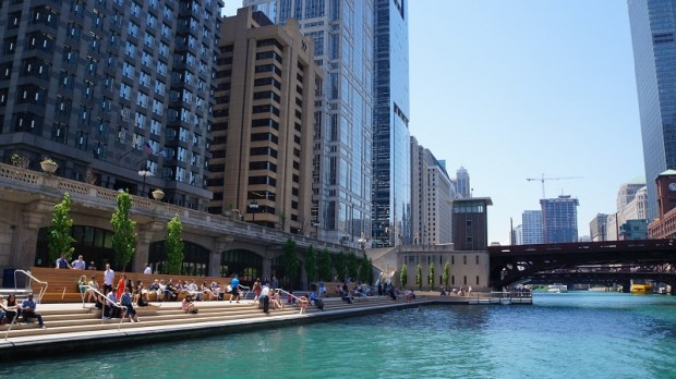 Der Chicago River Walk. - Foto: Choose Chicago