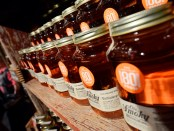 "Die legale ""Schwarzbrennerei"" Ole Smoky Moonshine in Gatlinburg, Tennessee. - Foto: Tennessee Tourism"