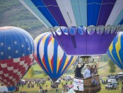 Hoch hinaus beim Snowmass Balloon Festival. - Foto: Hal Williams