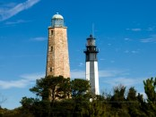 Old and New Cape Henry Lighthouses. - Foto: Visit Virginia Beach