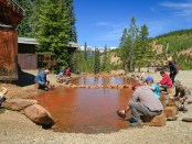 Gold waschen in der Country Boy Mine. - Foto: Breckenridge Tourism Office