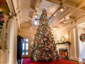 Christmas im Blithewold Mansion. - Foto: Discover Newport, Rhode Island
