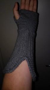 Fingerless glove gauntlet crochet