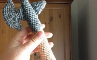 Crochet Hallebarde donjon et dragon halberd dungeon and dragon