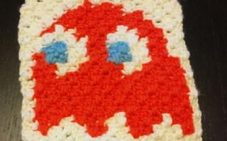 crochet granny squarre Corner to corner pacman pixel art