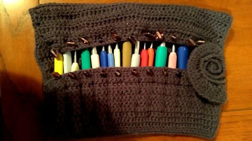 Crochet roll up hooks