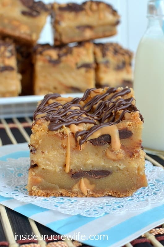 Peanut Butter Cheesecake Cookie Bars, Reese's , chocolate chip bars, peanut butter cheesecake