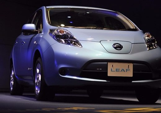 Explorer Driving Electric Nissan Car Across Africa Arrives in Nigeria