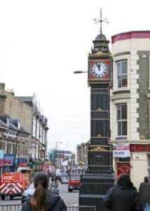 Norwood Junction clock