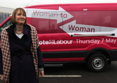 Harriet Harman and her benightedly puce battle bus. Coming to Croydon next week, possibly?
