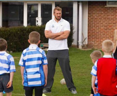 England captain Chris Robshaw doing some coaching at his old club