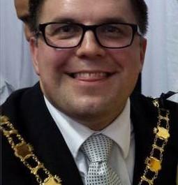 Deputy Mayor Wayne Lawlor: likes a bit of bling