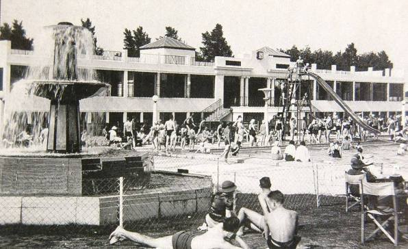 Purley Way Swimming Pool, Croydon, Opened in 1935 and Closed in 1979, One hot day in the mid. 1960s they were only half a dozen people short of 10,000 in there