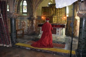 cardinal-inquisitor-at-prayer