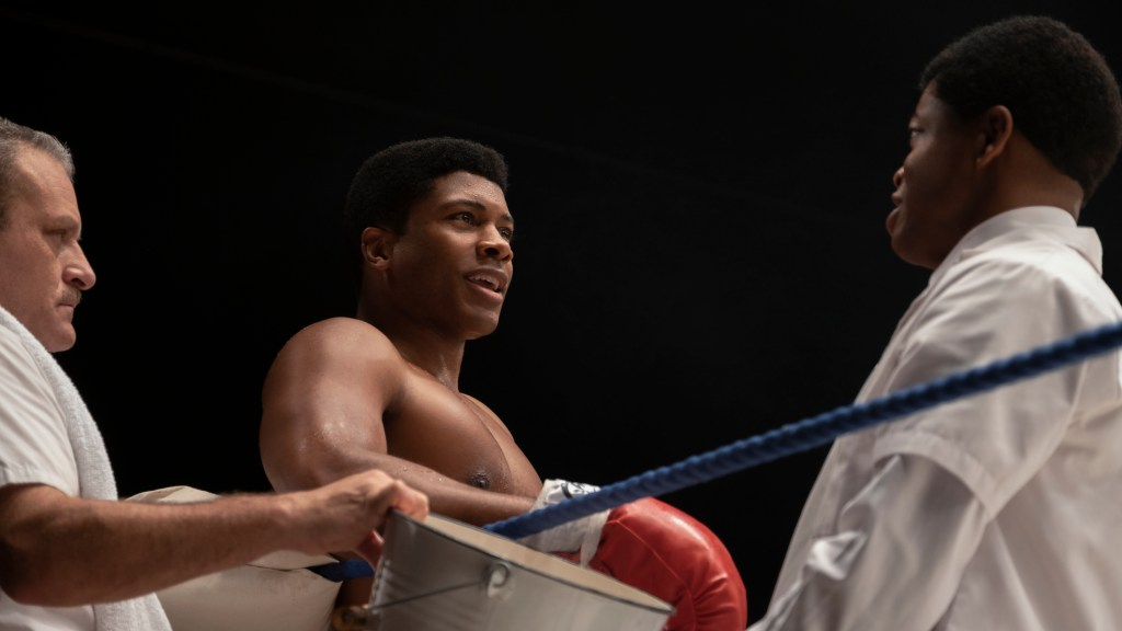Eli Goree as Cassius Clay