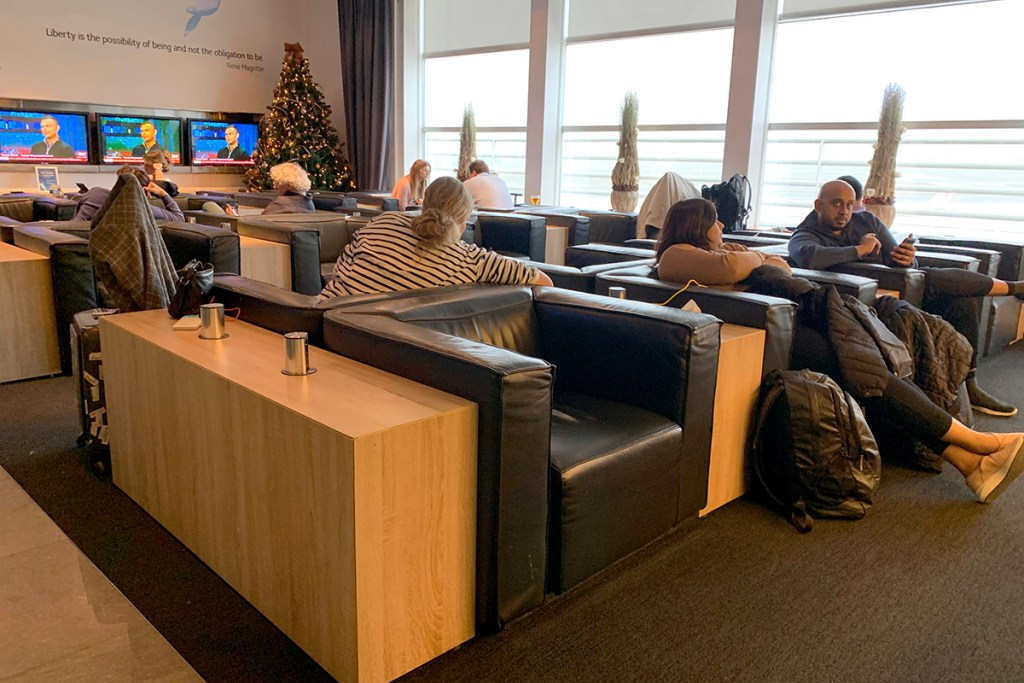 The Suite at Brussels Airport lounge seating