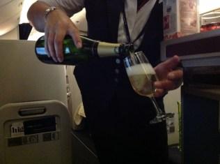 British Airways, Oneworld, British Airways ervaringen, Club World, Dubai, Review British Airways, British Airways catering, Business Class, Londen-Heatrow, Upgrade, Champagne