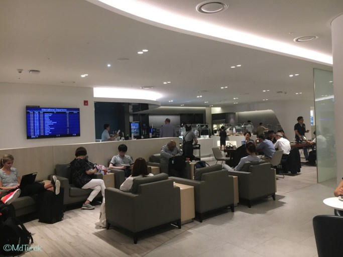 Review KAL Prestige Class Lounge East & West Seoul Incheon Airport