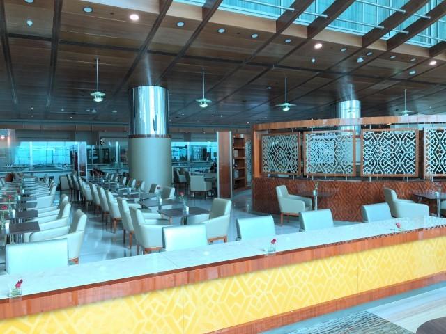 emirates business class lounge concourse B terminal 3 dubai