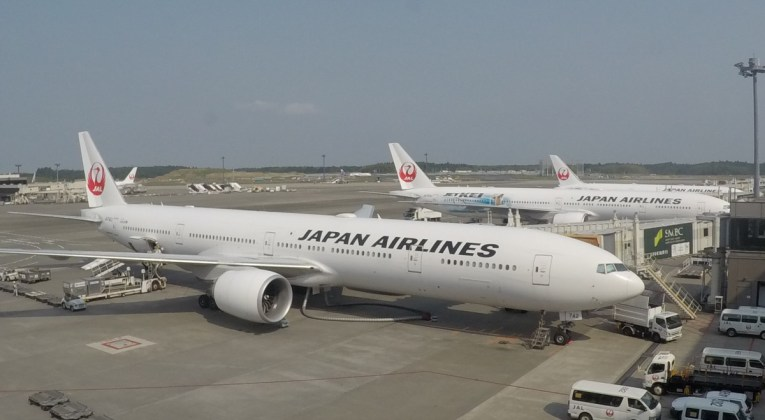 Japan Airlines, joint venture