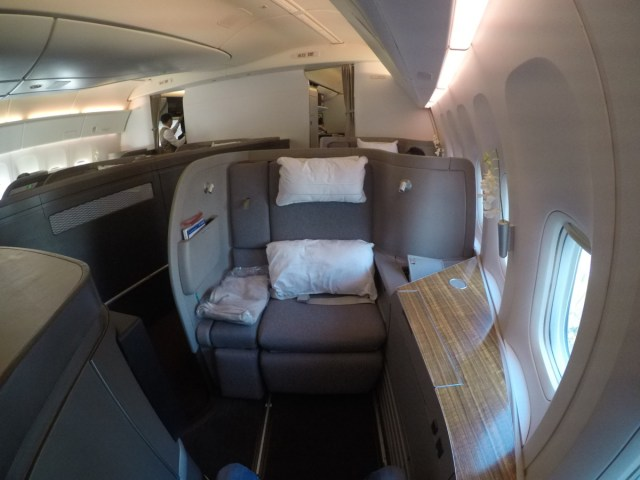 cathay pacific, first class, boeing 777