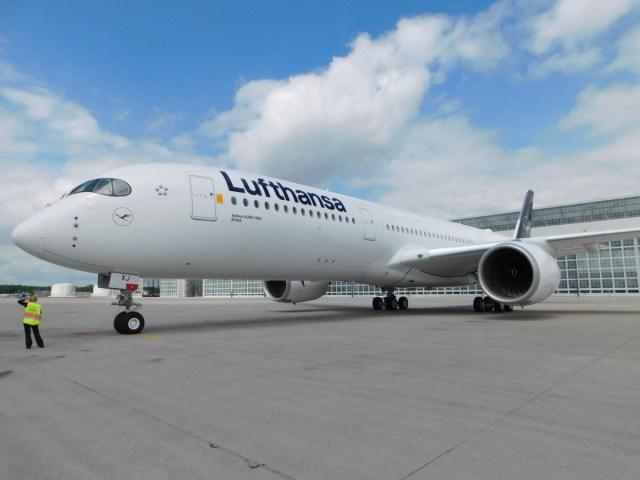 Lufthansa, A350-900