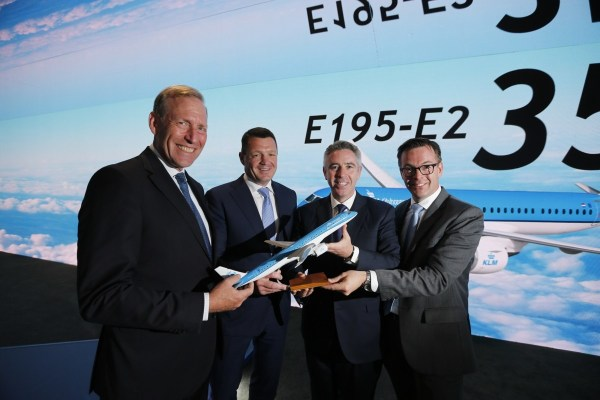 KLM toont interesse in Embraer 195-E2 tijdens Paris Air Show